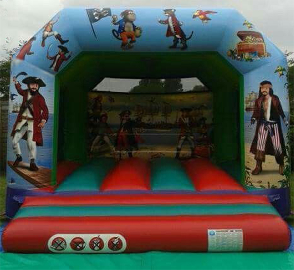 12' Pirate Bouncy Castle